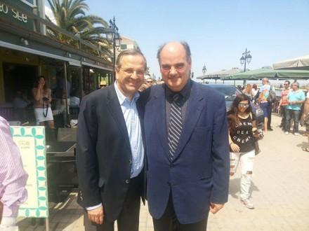 Με τον Πρόεδρο της Ν.Δ κ. Αντώνη Σαμαρά από την περιοδεία στη Λευκάδα,στις 16 Ιουνίου 2015.