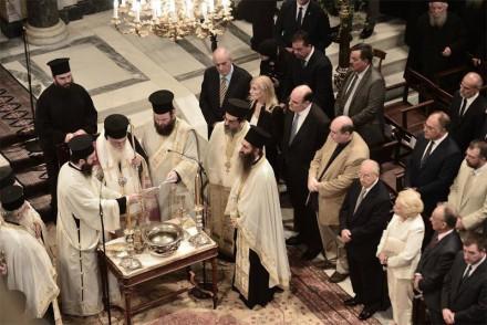 Χοροστατούντος του Αρχιεπισκόπου Αθηνών και πάσης Ελλάδος Ιερωνύμου στην πρώτη Θεία Λειτουργία στον Ανακαινισμένο Μητροπολιτικό Ναό Αθηνών,στις 03 Ιουλίου 2016.