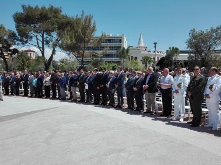 Στον Πειραιά,στα αποκαλυπτήρια μνημείου για την Γενοκτονία των Ελλήνων του Πόντου,στις 21 Μαΐου 2017.
