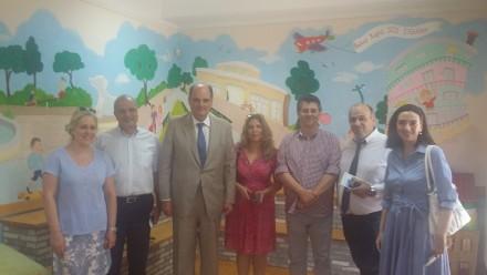 Από την επίσκεψή μου, μαζί με μέλη της Πολιτικής Επιτροπής της ΝΔ, στελέχη της Τοπικής Οργάνωσης του 6ου Διαμερίσματος Αθηνών στο Κέντρο Στήριξης Παιδιού και Οικογένειας της Αθήνας, των Παιδικών Χωριών,στις 21 Ιουλίου 2016.