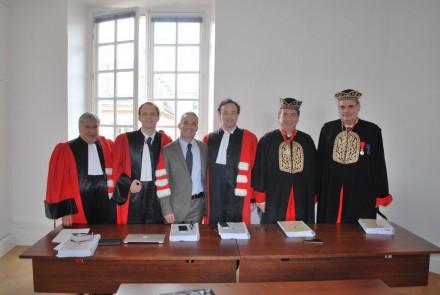 Συμμετείχα στην κρίση της διδακτορικής διατριβής του Χρήστου Ζουμπούλη στη Νομική Σχολή της Σορβόννης Παρίσι ,στις 13 Ιουνίου 2016.
