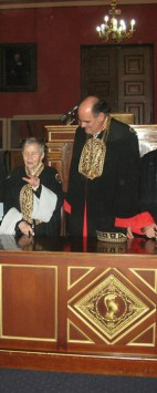 Από την αναγόρευση της Καθηγήτριας κας Ελένης Γλύκατζη-Αρβελέρ σε Επίτιμη Διδάκτορα του Εθνικού και Καποδιστριακού Πανεπιστημίου Αθηνών,στις 28 Νοεμβρίου 2014.