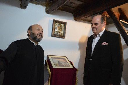 Στο σπίτι του Παπαδιαμάντη με τον Πατέρα Παντελεήμονα , Άγιοι Ανάργυροι, Ψυρρή,στις 12 Απριλίου 2017.